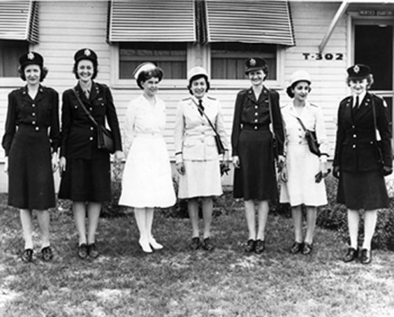 The service and dress uniforms worn in the US Army Nurse Corps in WWII (US Army Medical Department, Office of Medical History)