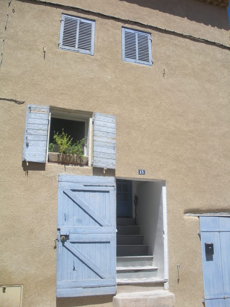 The house we rented in Puyloubier, France, August 2011 (Photo: Sarah Sundin)