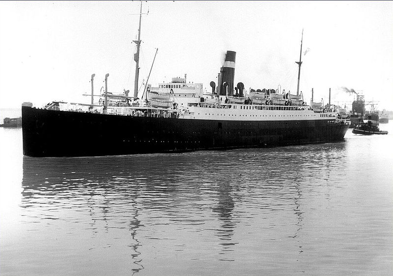 SS Athenia in Montreal harbor, 1933 (Library and Archives Canada)