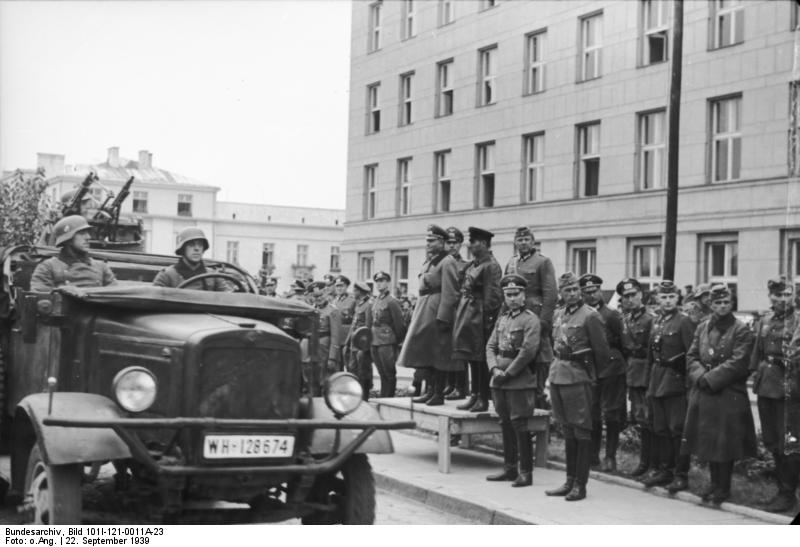 German Lt. Gen. Heinz Guderian and Soviet Brig. Gen. Semyon Krivoshein in victory parade in Brest-Litovsk, Poland, 22 Sept 1939 (German Federal Archive, Bild 101I-121-0011A-23)