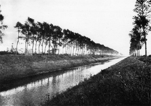 Leopold Canal, Belgium (Library and Archives Canada)