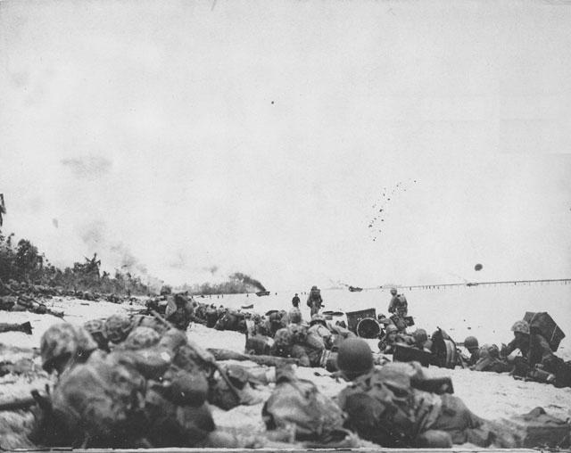 US Marines on Orange Beach on Peleliu, 15 September 1944 (US Marine Corps)