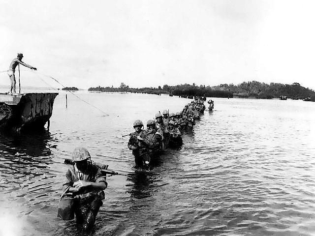 US Marines on Peleliu, September 1944 (US Marine Corps photo)