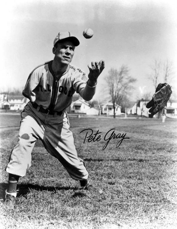 Pete Gray, 1946 (National Baseball Hall of Fame Library)