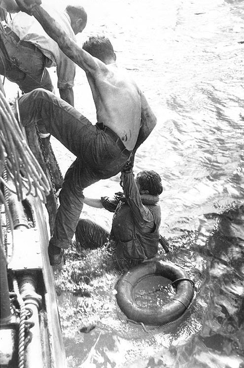 American survivors of the Battle of Leyte Gulf rescued by US Navy ship on 26 October 1944 (US National Archives: SC 278010)