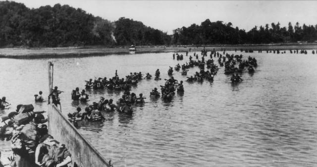 British 3rd Commando Brigade landing in Arakan, Burma, Jan 1945 (Imperial War Museum)