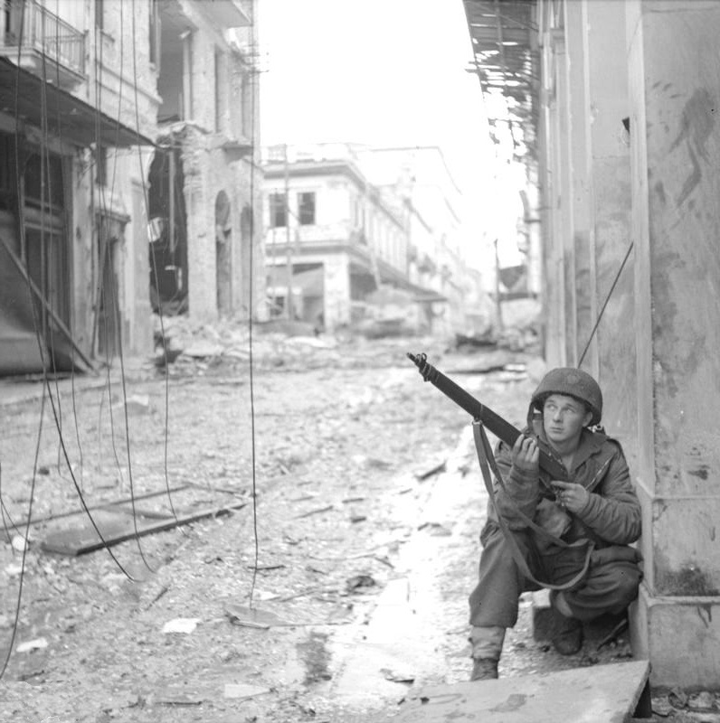 British paratrooper with the 5th Scots Parachute Battalion in Athens, Greece during operations against ELAS (the Greek People's Liberation Army), 18 Dec 1944 (Imperial War Museum: NA20863)