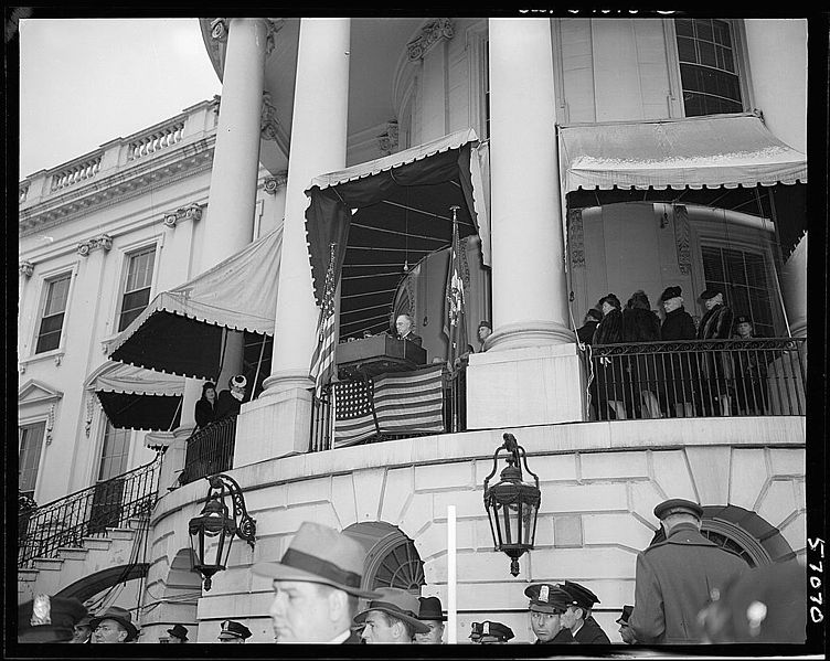Inauguration of Franklin Delano Roosevelt at White House, 20 Jan 1945 (Library of Congress)