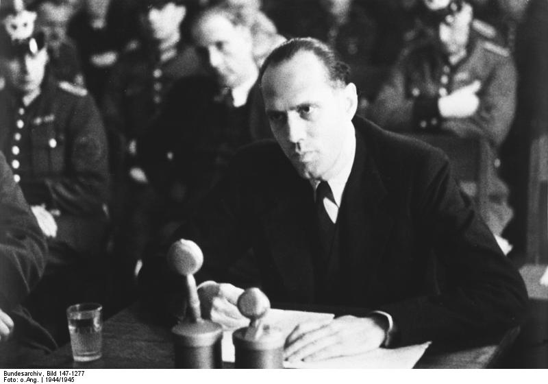 Count Helmuth von Moltke on trial in the Nazi People's Court in Berlin, January 1945 (German Federal Archive, Bild 147-1277)