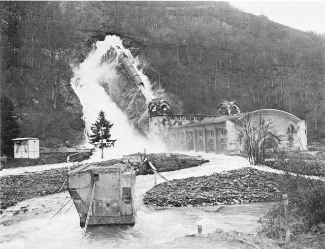 Damage to the Schwammenauel Dam causes flooding of the Roer River, Feb. 1945 (US Army Center of Military History)