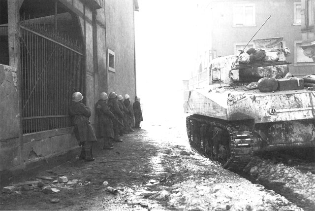 French Infantry advances into Colmar, 2 February 1945 (US Army Center of Military History)