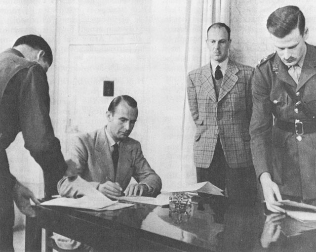 German representatives sign surrender document, Caserta, Italy, 29 April 1945 (US Army Center of Military History)