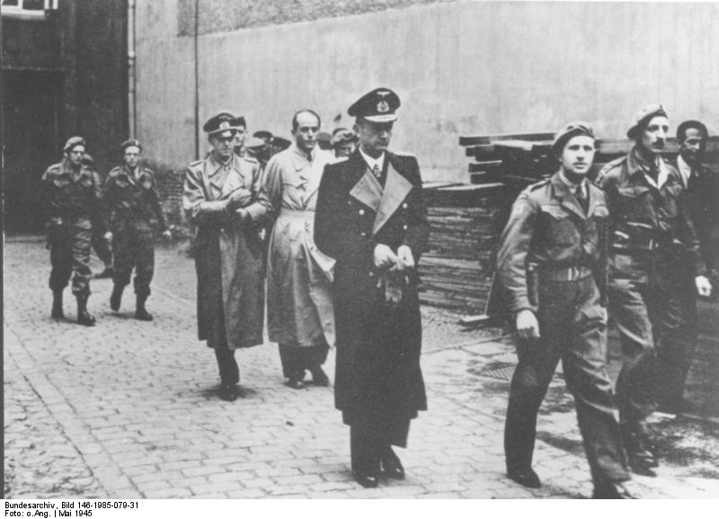 British arrest German leaders Adm. Karl Dönitz, Gen. Alfred Jodl, and Reich minister Albert Speer, 23 May 1945 (German Federal Archive, Bild 146-1985-079-3)