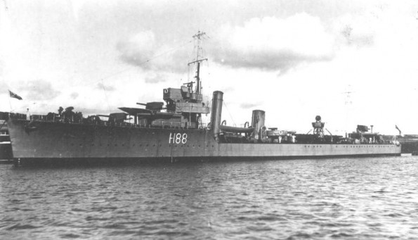 Destroyer HMS Wakeful, sunk by a German torpedo boat off Dunkirk, 29 May 1940; 737/763 killed (British government photo)