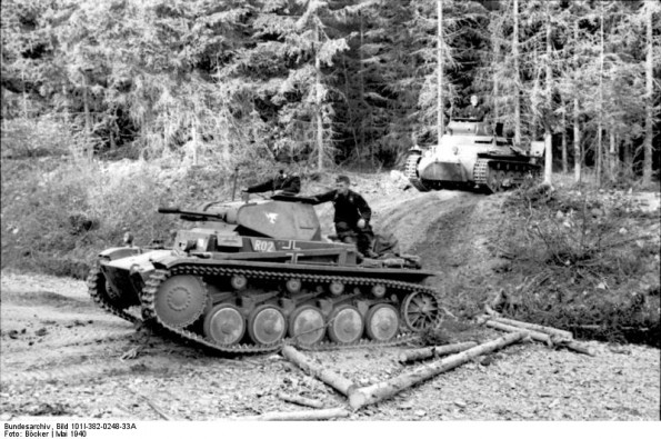 German tank in the Ardennes, Belgium, May 1940 (German Federal Archives: Bild 1011-382-0248-33A)
