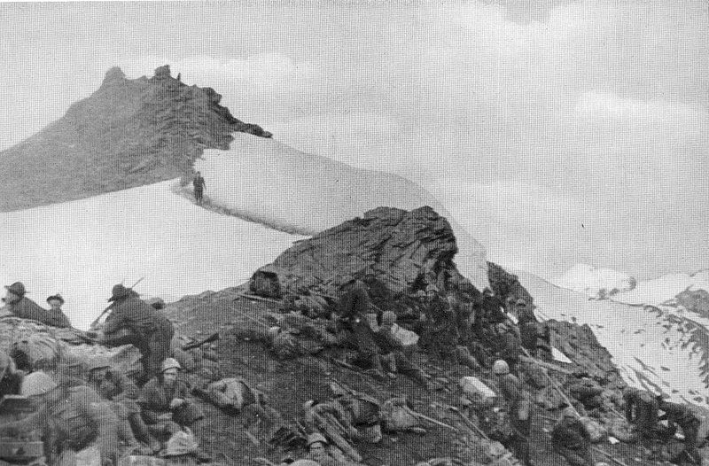 Italian Val Dora battalion of the 5th Alpini Regiment in action in the Colle della Pelouse during the Italian invasion of France in June 1940 (public domain from the L'illustrazione italiana, 19 July 1942, via Wikimedia Commons)