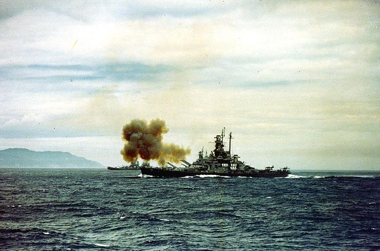 Battleship USS Indiana, battleship USS Massachusetts, and cruiser USS Quincy bombarding Kamaishi, Japan, 14 Jul 1945 (US National Archives: 80-G-K-6035)