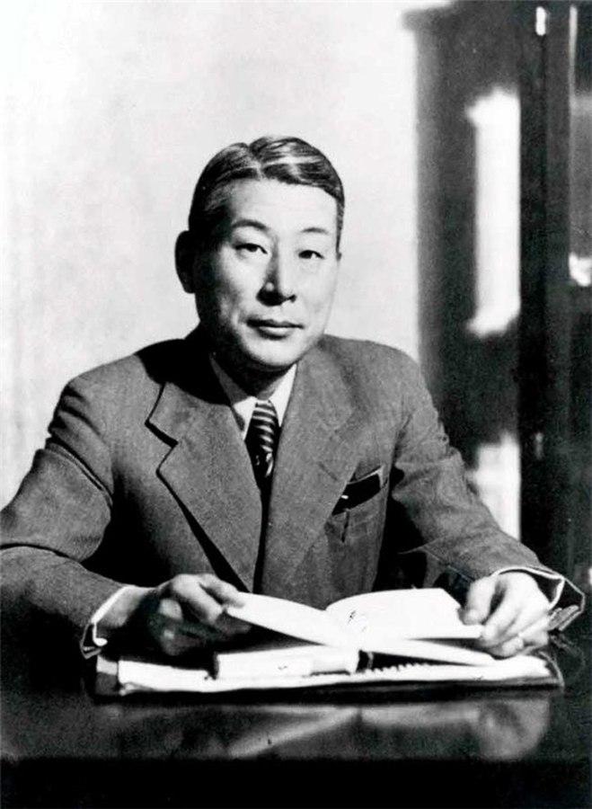 Chiune Sugihara (public domain via Wikipedia)