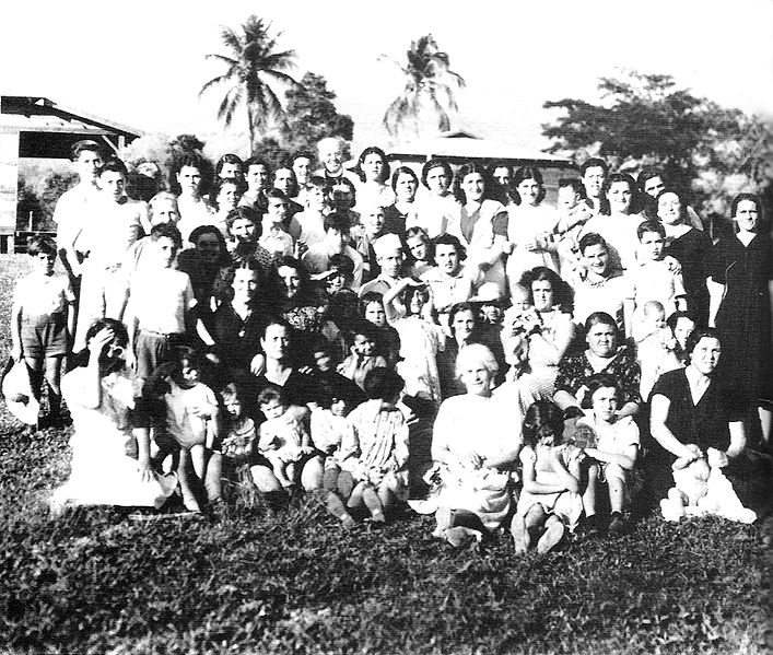 Civilians at the Gibraltar Evacuee Camp in Jamaica, WWII (United Kingdom government photo)