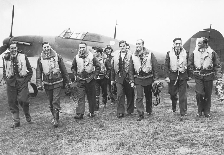 RAF No.303 squadron pilots (Polish), 1940 (Imperial War Museum: CH 1535)