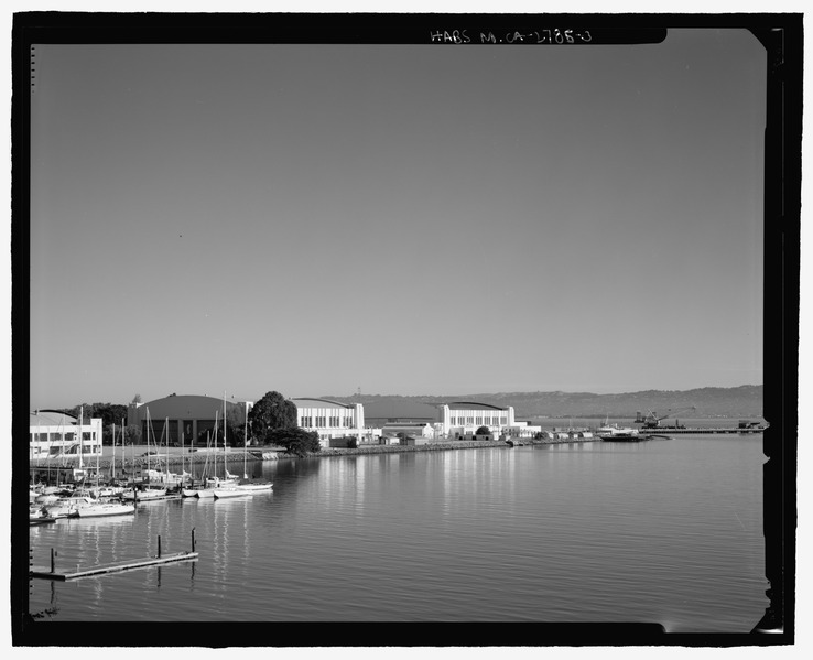 Hall of Transportation and Palace of Fine and Decorative Arts, Golden Gate International Exposition, Treasure Island, CA (Library of Congress)