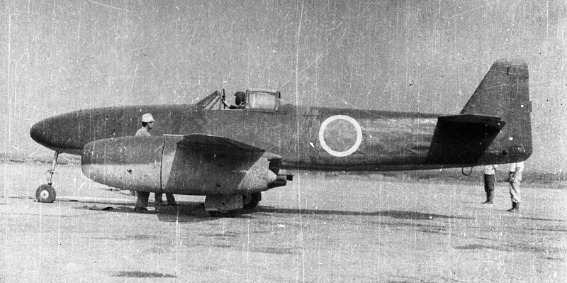 Nakajima J9Y Kikka preparing for its first flight, Kisarazu Air Field, Japan, 7 Aug 1945 (public domain via Wikipedia)