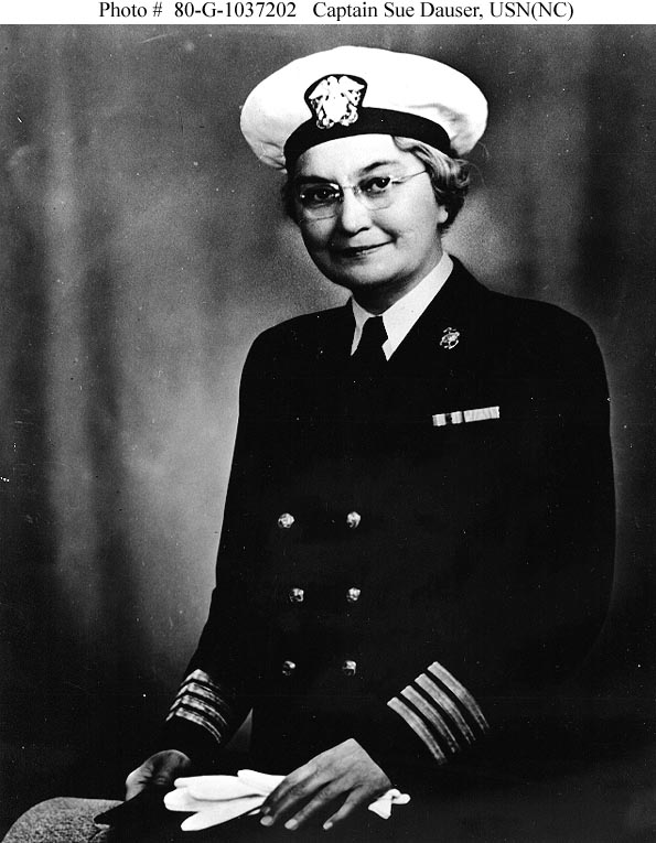 Capt. Sue S. Dauser, Superintendent of the US Navy Nurse Corps, 1939-45 (US Navy photo: 80-G-1037202)