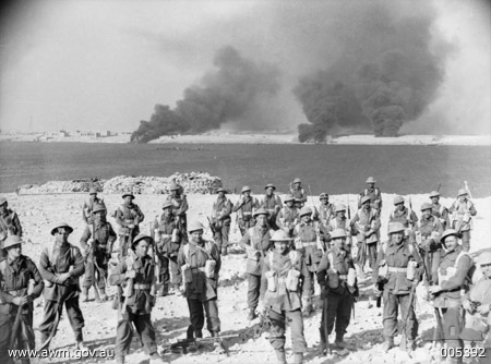 Troops of the 11th Infantry Battalion, Australian 6th Division at Tobruk, Libya, 22 Jan 1941 (Australian War Memorial: 005392)