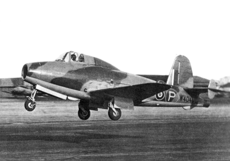 Gloster E.28/39, the first British aircraft to fly with a turbojet engine, Farnborough, Sqn Ldr J Moloney, c. 1941 (Imperial War Museum: CH14832A)