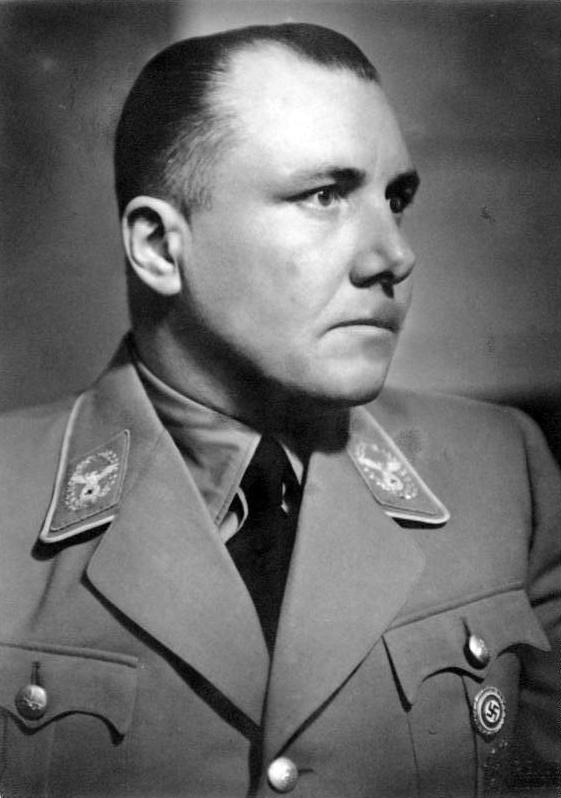 Martin Bormann, 1939 (German Federal Archive: Bild 146-1968-100-21A)