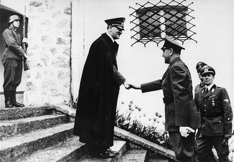 Adolf Hitler meets Ante Pavelić at the Berghof, 9 June 1941 (US Holocaust Memorial Museum)