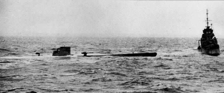 U-110 being captured by HMS Bulldog, 9 May 1941 (Royal Navy photo)