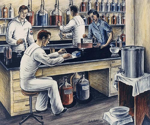 A WAVE and three enlisted pharmacist's mates working at a lab bench, 1943. (US Naval History & Heritage Command)