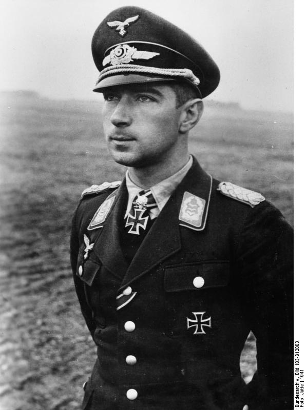 Werner Mölders, Jun-Jul 1941 (German Federal Archives, Bild 183-B12003)