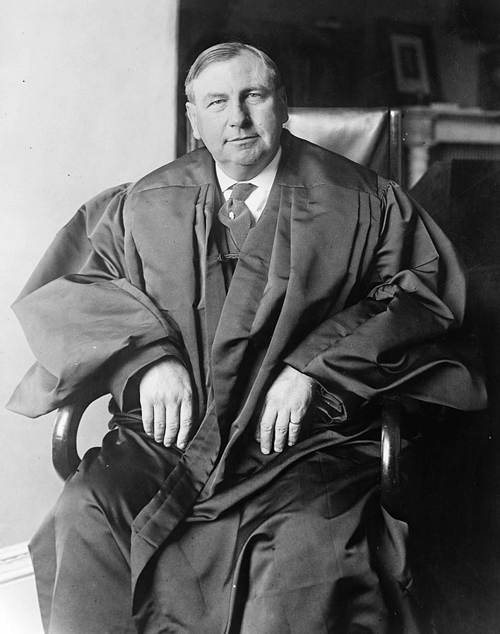 Justice Harlan F. Stone, c. 1925-32 (Library of Congress: cph.3c37254)