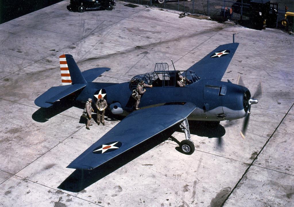 Grumman TBF-1 Avenger torpedo bomber with early 1942 markings (US Navy photo)