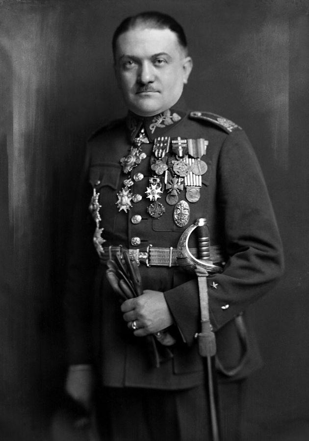 Czechoslovakian Gen. Alois Eliáš, before 1928 (public domain via Wikipedia)