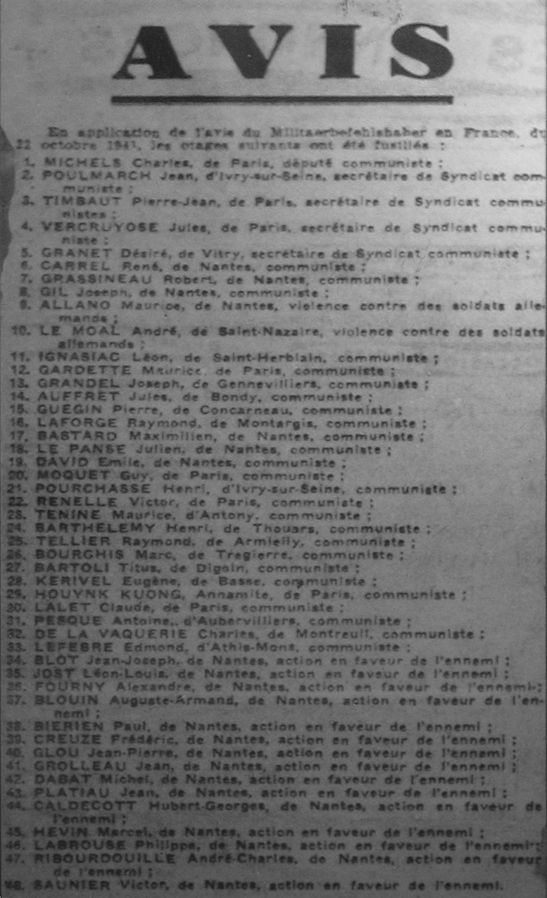 Notice of execution of French hostages by the Nazis on 22 October 1941 from 23 Oct issue of L'Œuvre (photo of exhibit in Exposition Métro via Wikimedia Creative Commons, image Expometro GM 2485.JPG)
