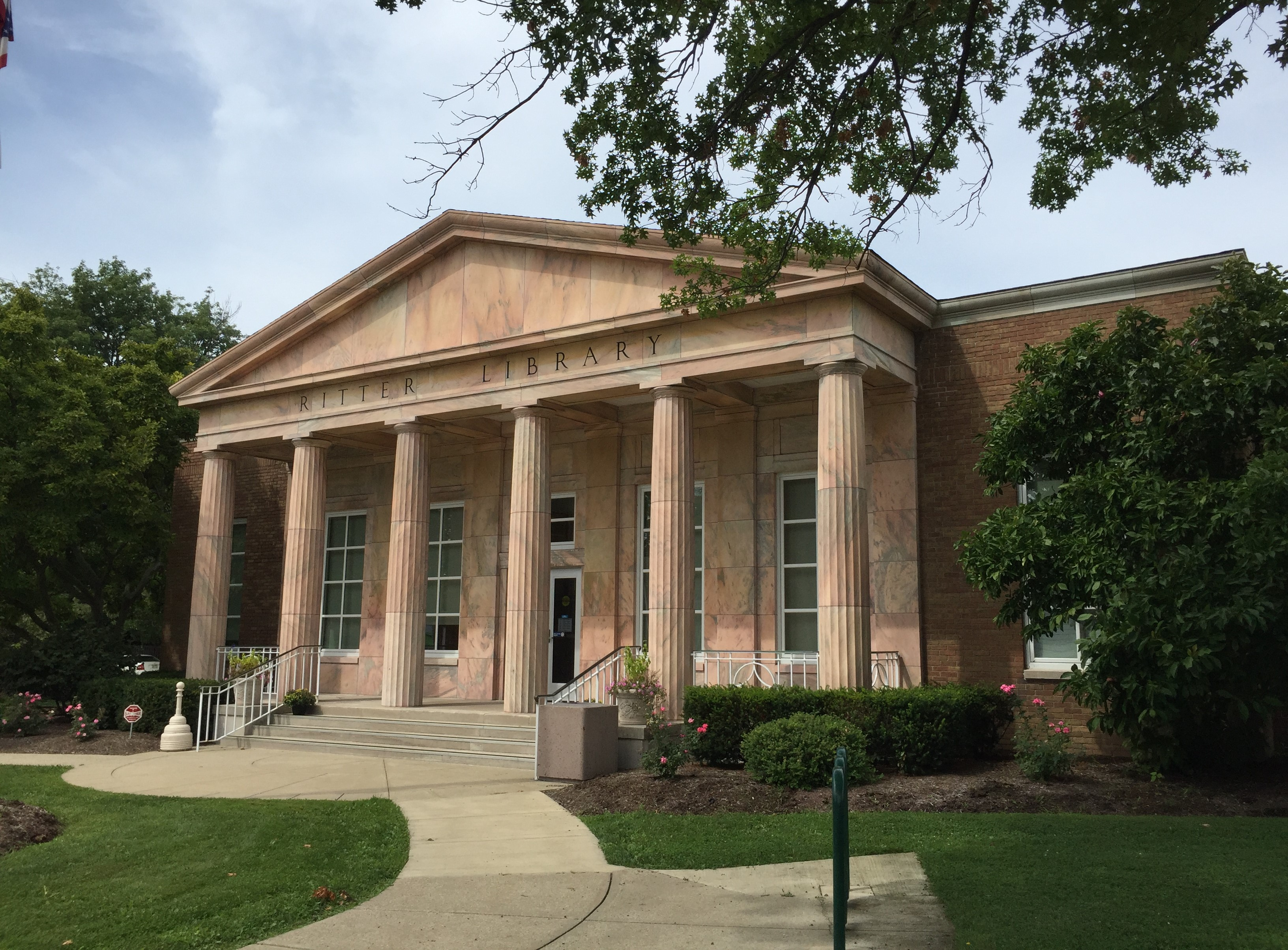 Ritter Public Library, Vermilion, Ohio (Photo: Sarah Sundin, August 2016)