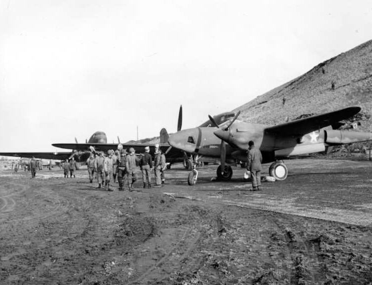 US F-5 photo reconnaissance aircraft and C-47 cargo planes at Amchitka in Aleutian Islands, 7 May 1942