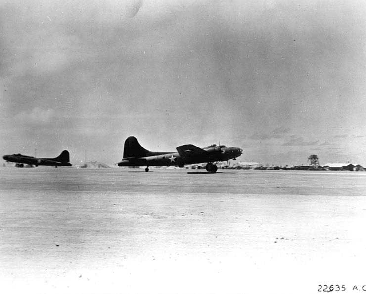 B-17E bombers taking off from Midway Atoll, 3-4 Jun 1942 (US Air Force photo)