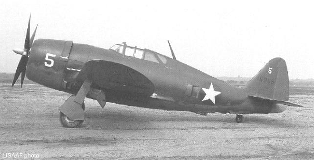 Republic P-47B Thunderbolt (US Army Air Forces photo)
