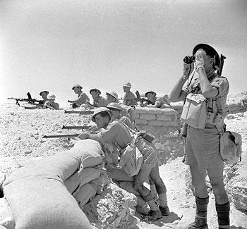 British troops near El Alamein, Egypt, 17 Jul 1942 (Imperial War Museum)