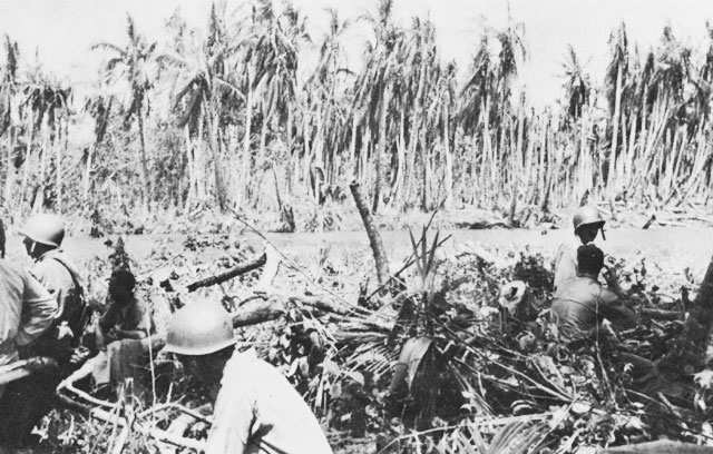 US Marines at the mouth of the Matakikau River, 24 October 1942 (US Army Center of Military History)