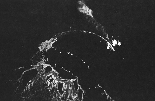 Japanese battleship Hiei evading bombing, Solomon Islands, 13 Nov 1942; seen from B-17 of US 11th Bombardment Group (US Army photo)
