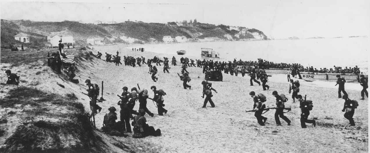 US troops and equipment Z Beach, Arzeu, Algeria, 8 November 1942 (US National Archives)