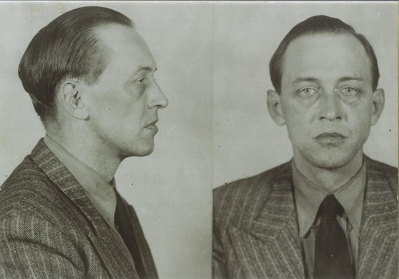 Royal Canadian Mounted Police mug shots of Werner Janowski, 1942 (National Archives of Canada)