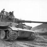 Panzer VI Tiger I in Tunisia, January 1943 (German Federal Archive: Bild 101I-554-0872-35)
