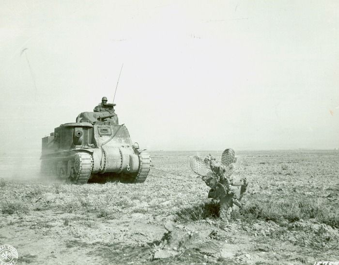 US M3 Grant tank near Kasserine Pass in Tunisia, late Feb 1943 (US Army Signal Corps photo)