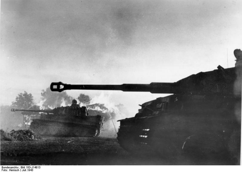 German Panzer VI/Tiger I tanks in the Battle of Kursk in Orel, Russia, July 1943 (German Federal Archive: Bild 183-J14813)